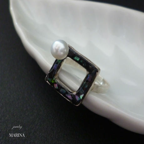 SQUARE Ring - pearl abalone