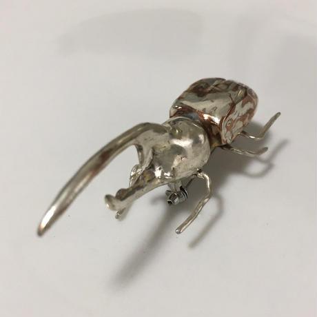 カブトムシ - new mokumegane brooch