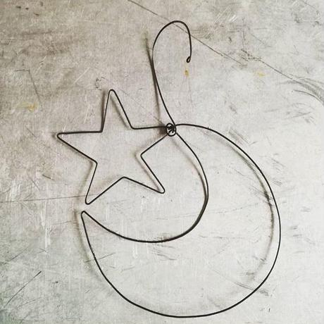 ワイヤーオーナメント 月と星