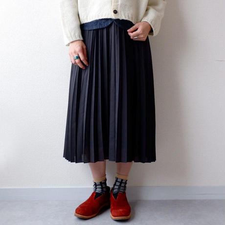 UNIVERSAL TISSU (ユニヴァーサルティシュ)/ローンプリーツスカート/ブラック
