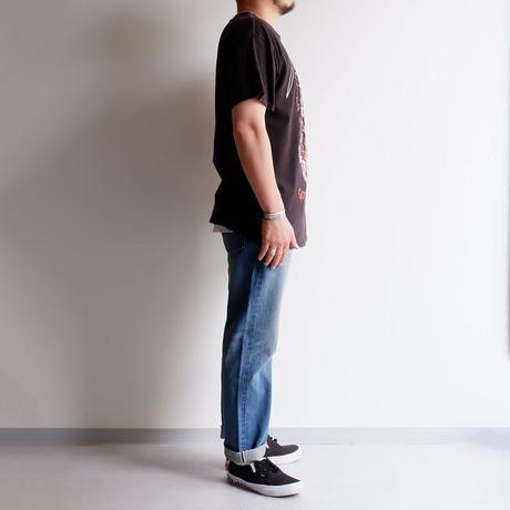 THRIFTY LOOK(スリフティールック)/YEEZUS KANYE WEST TEE/Black
