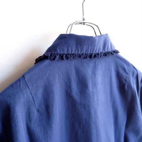 TIGRE BROCANTE (ティグルブロカンテ)/Natural 綾 Denim Pin Tuck Frill Shirt/Light Navy