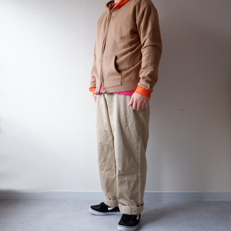 Nasngwam (ナスングワム) /PHANTON ZIP PARKA/beige×orange
