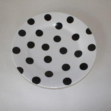 スリランカのパラダイスカフェの水玉のケーキ皿