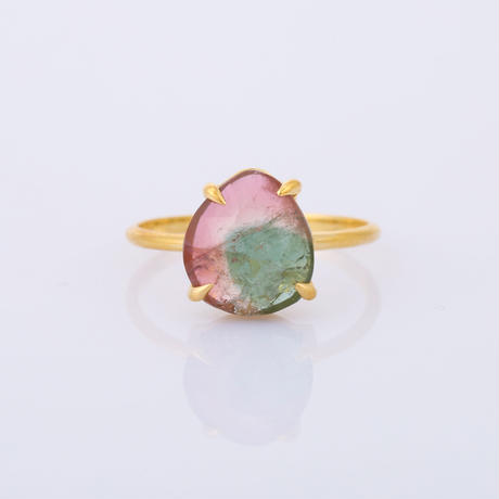 rounded oval pear green & pink bi-color tourmalineリング