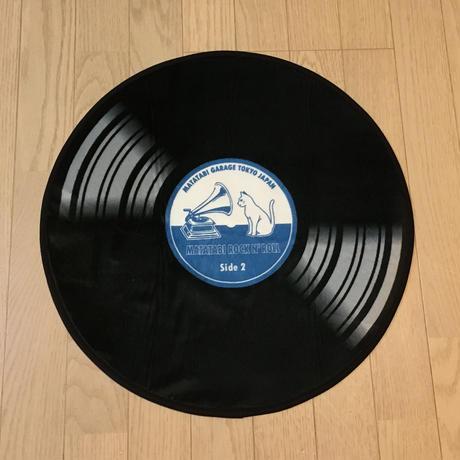 またたびロックンロール ギターアンプ ブラック(爪とぎ)とレコード(マット)のセット