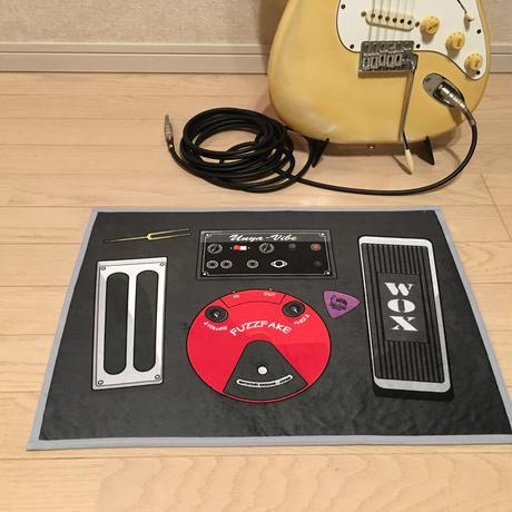 またたびロックンロール ギターアンプ ブラック(爪とぎ)とエフェクターボード(マット) のセット