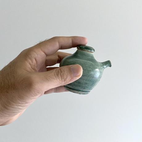林拓児 緑釉注器