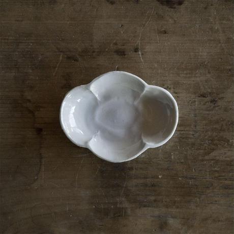 安齋新厚子 白磁木瓜形豆皿