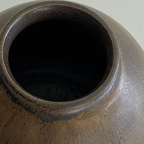 生形由香 黒釉壺A