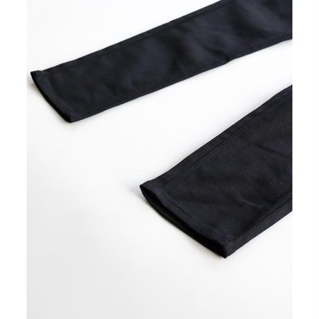 ブラックスキニーパンツ