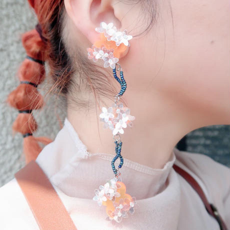 lily   orange   (pierce   earring)