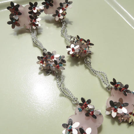 lily   pink   (pierce   earring)