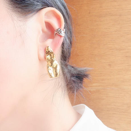 nyo(女) pierce earring