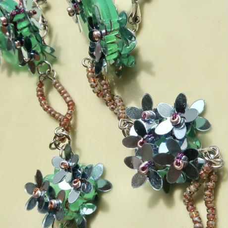 lily   green  (pierce   earring)