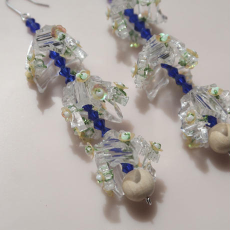 snow   drop   clear   (pierce   earring)