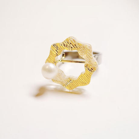flower  yellow ring