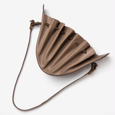 TANGO Pouch / Taupe × D Brown