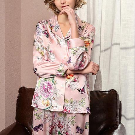 シルク パジャマ シルク100% 絹100% 優雅 ロマンチック ハッピーローズ 花模様 長袖 レディース 春・秋 上下 2ピースセット <ピンク>