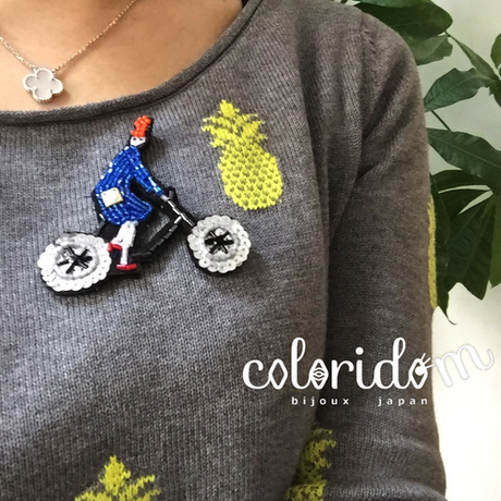 自転車ガール a bicycle rider | ビーズブローチ hand made beads brooch