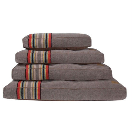 PENDLETON®  PET COLLECTION NAPPER BED medium - YAKIMA ナッパーベッド ヤキマ柄 Mサイズ