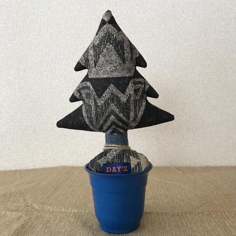 "【展示品】MB7r LITTLE TREE PLANTS ""night rock"""