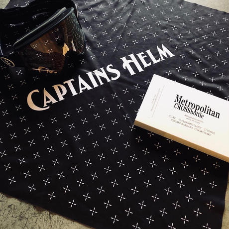 60cm角:CAPTAINS HELM x MetropolitanCROSSbottle(メガネ拭き・めがね拭き)