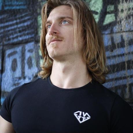 IVTT Diamond logo Tshirts:BLACK