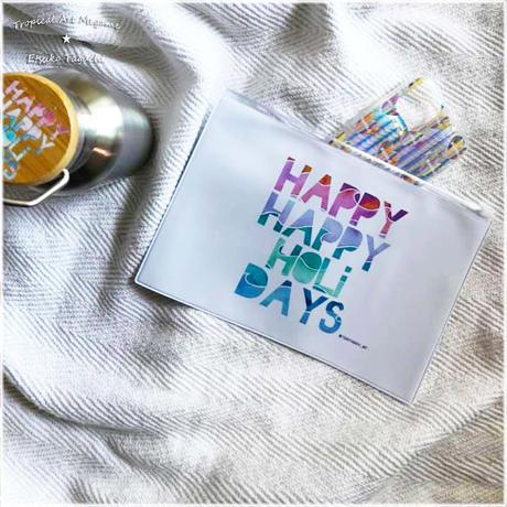 ホワイトファスナーポーチM HAPPY HOLI DAYS