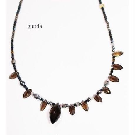 gunda (ガンダ) ネックレス PRICKLE NK/Spinel(スピネル)