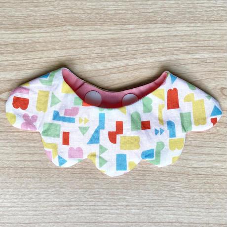 【Sサイズのみ 】 neco neco スタイ&お揃いシュシュセット  幾何学模様×ピンク