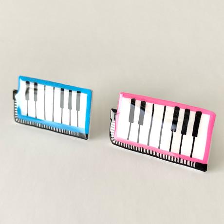 鍵盤ハーモニカのイヤリング
