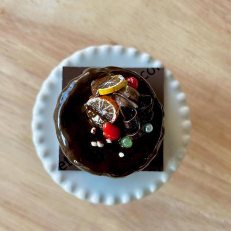 バレンタイン|フルーツのガトーショコラ|オブジェ