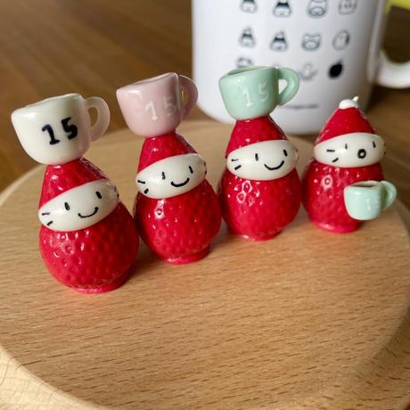 コーヒーカップの苺ぼうや|マスコット