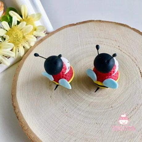 ミツバチの苺ぼうやマスコット