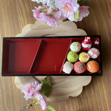 ウキウキ手毬寿司の苺ぼうや オブジェ兼小物置き
