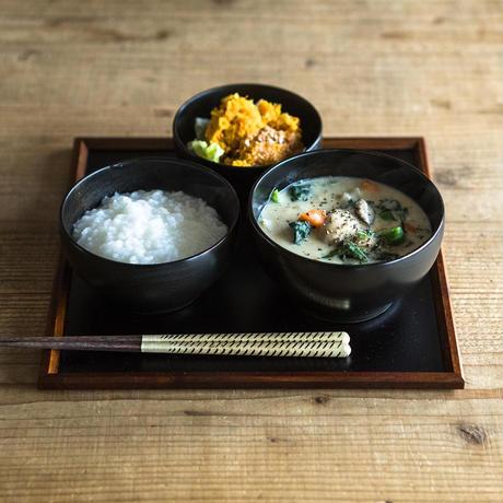 【めぐるのお盆】一汁一菜の折敷(和紙着せ・黒)