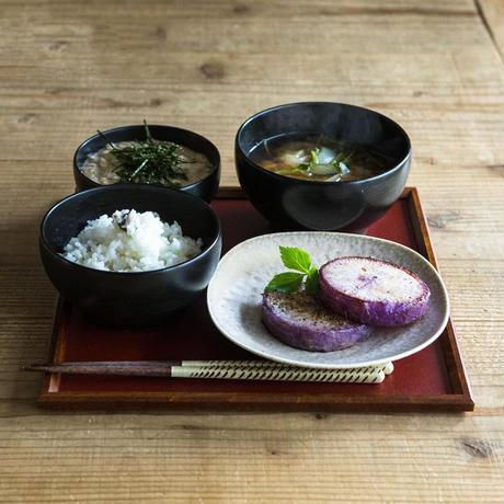 【めぐるのお盆】一汁一菜の折敷(和紙着せ・赤)