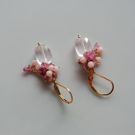 Bouquet Pierce & Earrings -Pink Carnation
