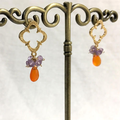 Petaroid short pierce Amethyst and Carnelian [SV, GP]