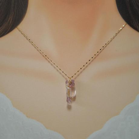 Bouquet Necklace -Sweet pea