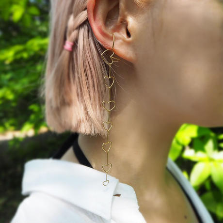 Atlica -heart ear cuff  Il- gold