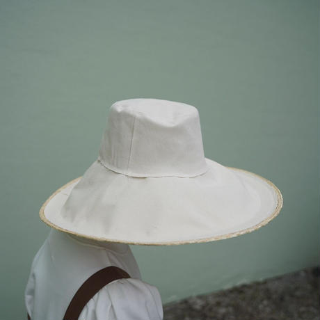 LOLA HATS -SINGLE TAKE-