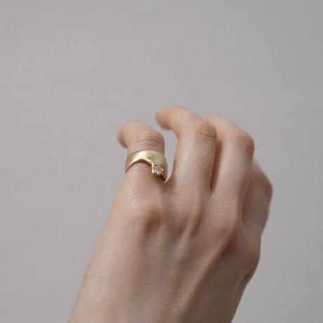 Atlica diamond  pinky ring