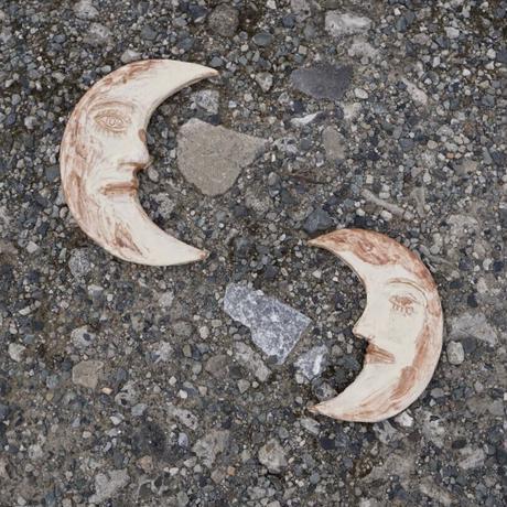 ACCIDENTE CON FLORES  - MOON UNO - ceramic