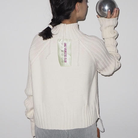 UGLY SWEATER CLUB - ALLERGIC - knit pullover