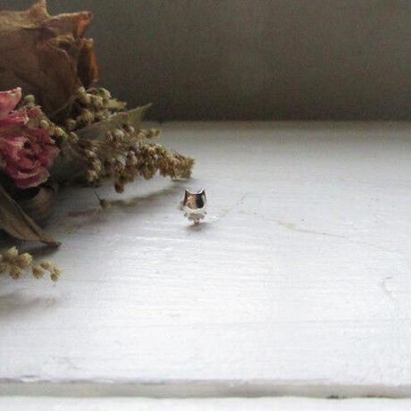 Huruhuru Soranotane 『飾り猫』一粒Pierced