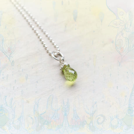 Tear Drop Necklace -Peridot4×6mm-