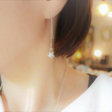 銀の滴ふるふるチェーンピアス-光の滴-