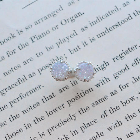 New Only One! White Druzy Agate  Pierced -女神の癒し-